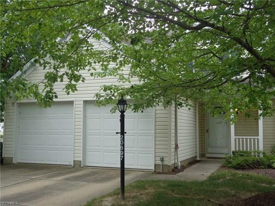 20697 Autumn Oval 25, Strongsville, OH - USA (photo 2)