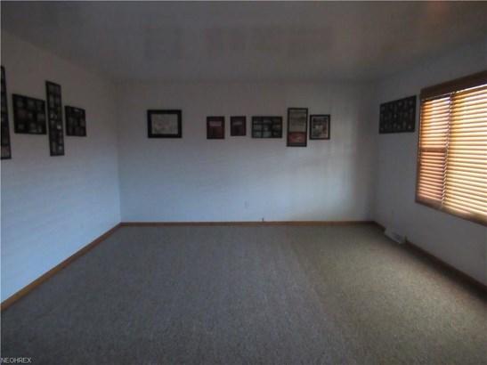 153 Rocky  Ledge, Struthers, OH - USA (photo 5)