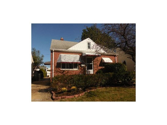 1617 Fruitland Ave, Mayfield Heights, OH - USA (photo 1)