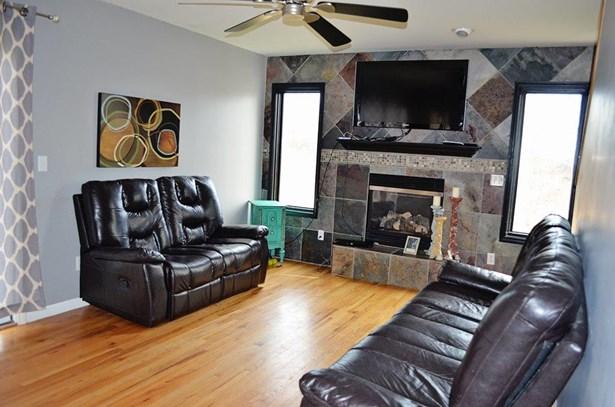 13460 E Erie Rd, Albion, MI - USA (photo 5)