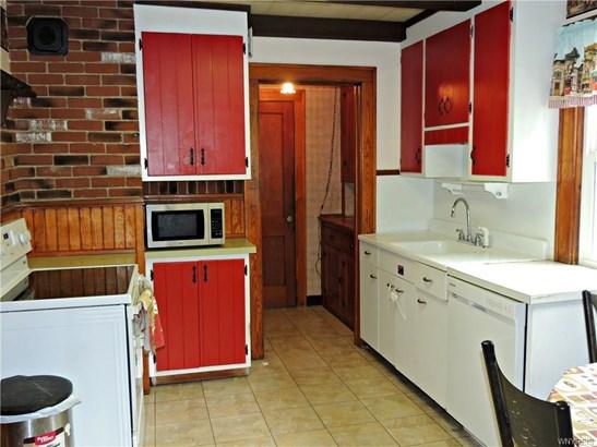 93 Chipman Place, North Tonawanda, NY - USA (photo 2)