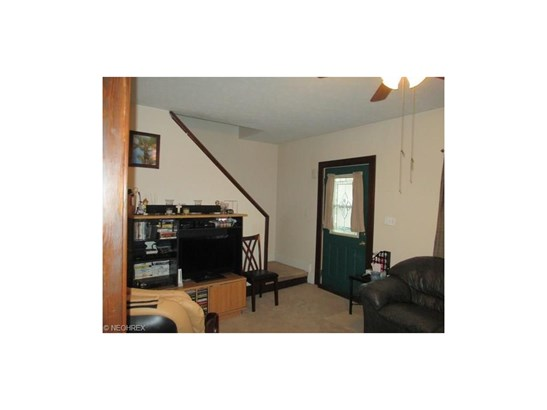 4893 E 84th St, Garfield Heights, OH - USA (photo 2)