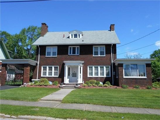 317 E Englewood Ave, New Castle, PA - USA (photo 2)