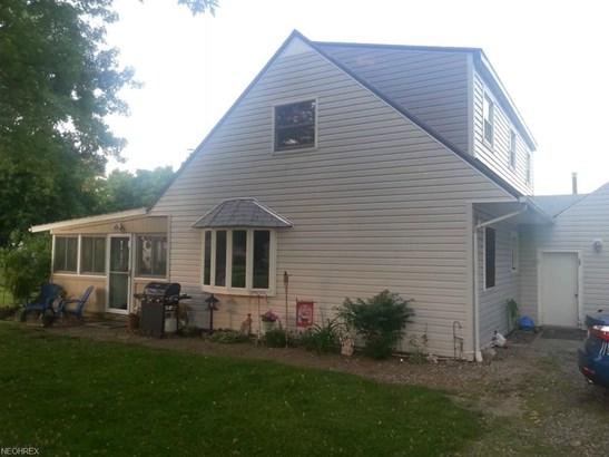 685 Roberts St, Sheffield Lake, OH - USA (photo 2)