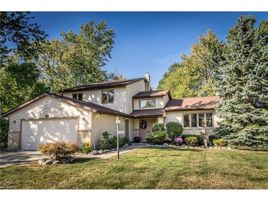 6501 Woodhawk Dr, Mayfield Heights, OH - USA (photo 1)