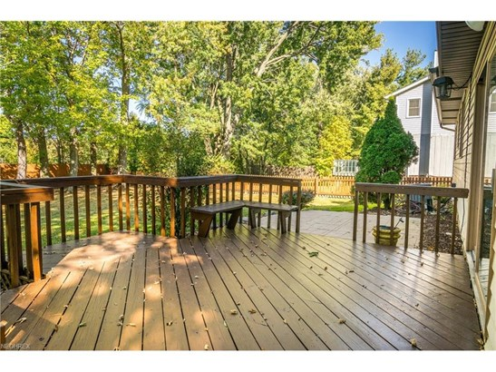 6501 Woodhawk Dr, Mayfield Heights, OH - USA (photo 3)