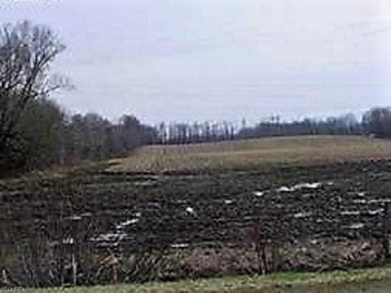 1 1 Woodard Rd, Andover, OH - USA (photo 1)