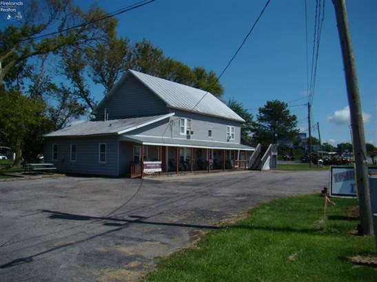 2665 E Harbor Road, Port Clinton, OH - USA (photo 1)