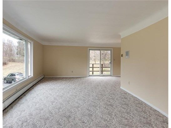 37050 Eagle Rd, Willoughby Hills, OH - USA (photo 3)