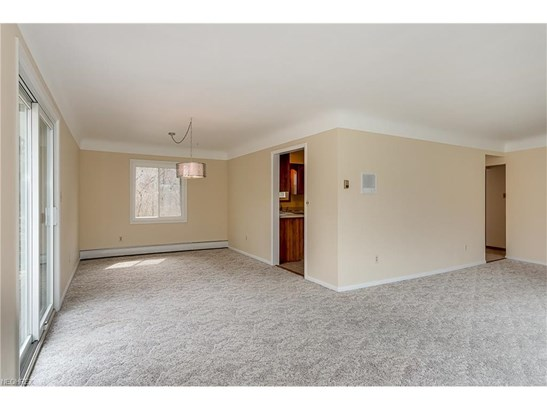 37050 Eagle Rd, Willoughby Hills, OH - USA (photo 5)