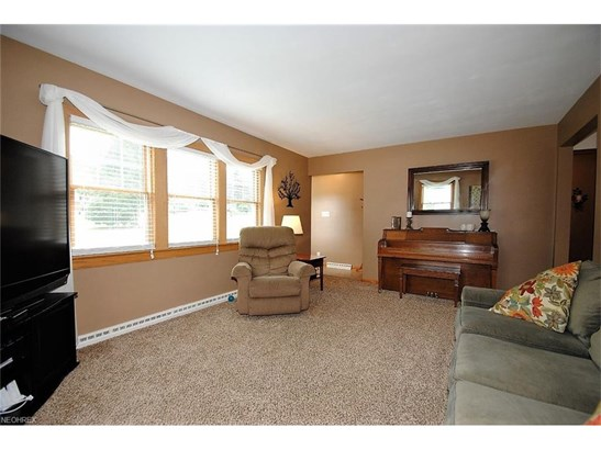 2124 S Plaza Dr, Akron, OH - USA (photo 4)