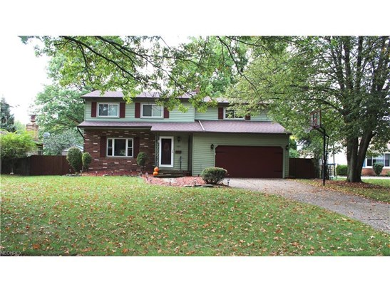 4456 Camellia Ln, North Olmsted, OH - USA (photo 1)