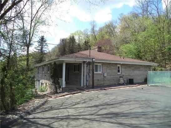 3223 Jacks Run Rd., White Oak, PA - USA (photo 5)
