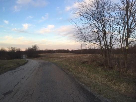 Ten School Road, New Alexandria, PA - USA (photo 2)
