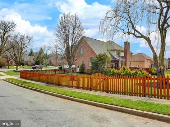 1213 Hillside Dr, Carlisle, PA - USA (photo 4)