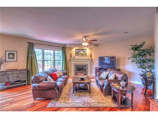 1606 Royal Oak Drive, Franklin Park, PA - USA (photo 2)