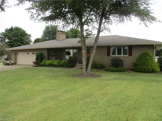 3263 Tuscarawas Se Rd, Uhrichsville, OH - USA (photo 1)