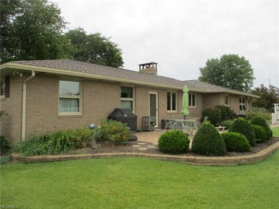 3263 Tuscarawas Se Rd, Uhrichsville, OH - USA (photo 2)