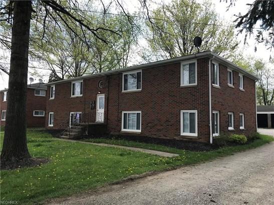 590 Graham Rd, Cuyahoga Falls, OH - USA (photo 1)