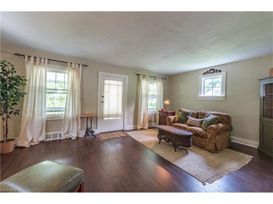 1181 Iroquois Ave, Mayfield Heights, OH - USA (photo 5)