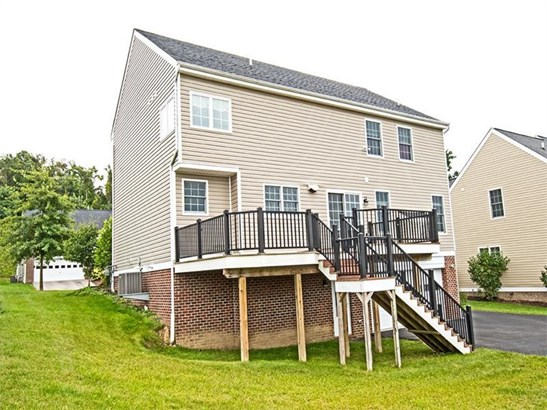 1331 Maplewood Circle, Wash, PA - USA (photo 2)