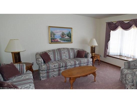 5332 Sebastian Ct, Highland Heights, OH - USA (photo 2)