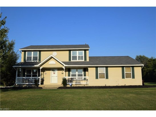 10779 Reed N Rd, Columbia Station, OH - USA (photo 2)