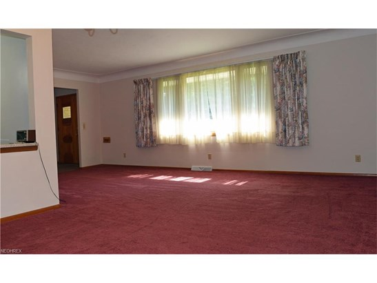 2828 Som Center Rd, Willoughby Hills, OH - USA (photo 2)