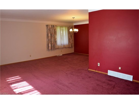 2828 Som Center Rd, Willoughby Hills, OH - USA (photo 3)