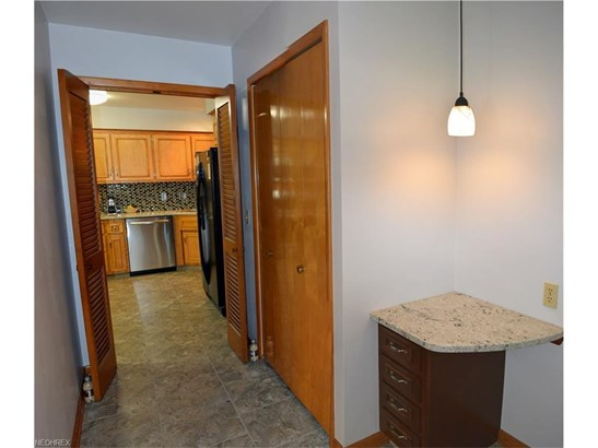 2828 Som Center Rd, Willoughby Hills, OH - USA (photo 5)