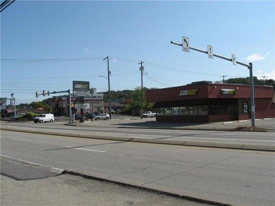 1301 S Main St, Greensburg, PA - USA (photo 5)