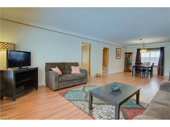 3705 Meadowbrook Blvd, University Heights, OH - USA (photo 3)