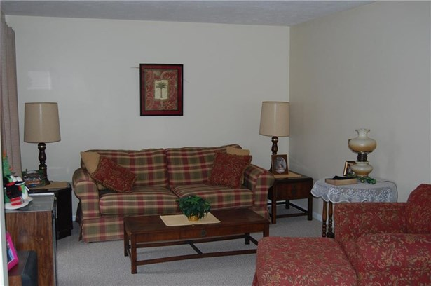 4807 Avellino Drive, Erie, PA - USA (photo 2)