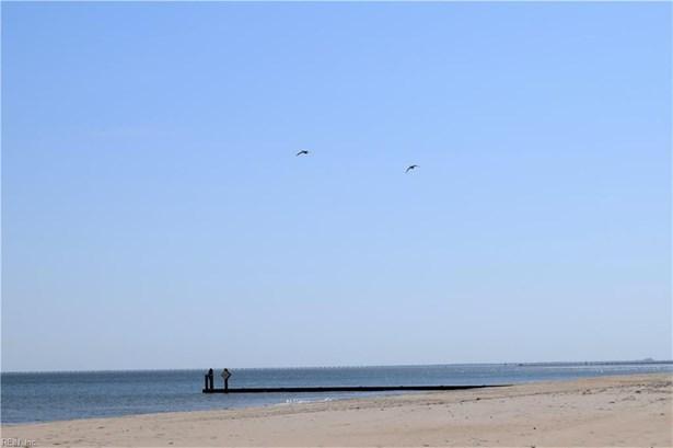 2513 E Ocean View Ave, Norfolk, VA - USA (photo 4)