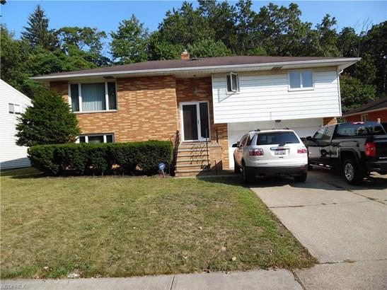 5533 Carol Jean Blvd, Garfield Heights, OH - USA (photo 2)