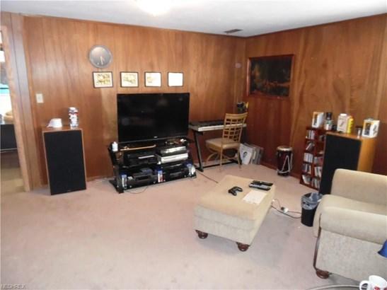 5533 Carol Jean Blvd, Garfield Heights, OH - USA (photo 3)