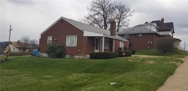 904 School St, Clairton, PA - USA (photo 2)