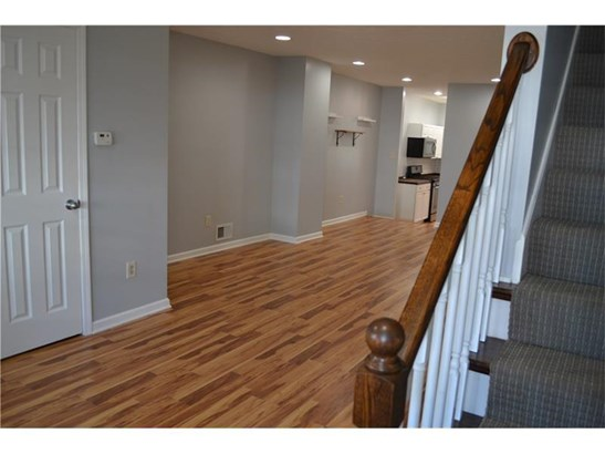 810 Bell Ave, Carnegie, PA - USA (photo 2)