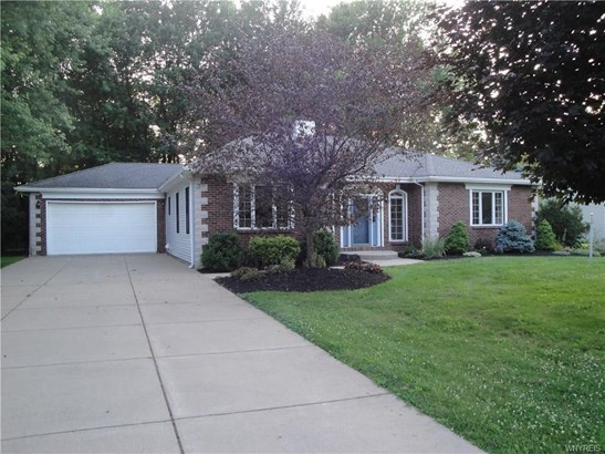 5 Ventura Drive, Orchard Park, NY - USA (photo 1)