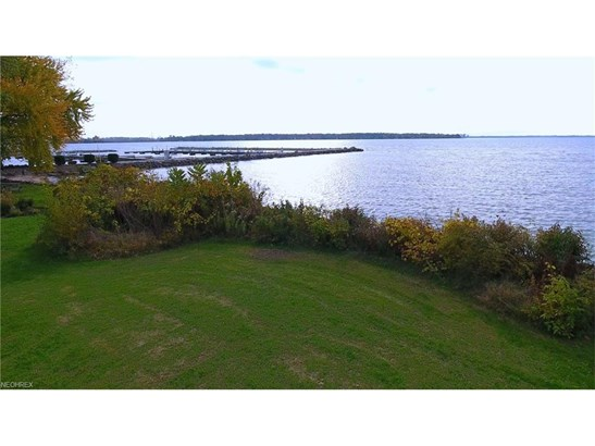 2155 S Lattimore Dr, Lakeside-marblehead, OH - USA (photo 1)