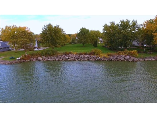 2155 S Lattimore Dr, Lakeside-marblehead, OH - USA (photo 2)
