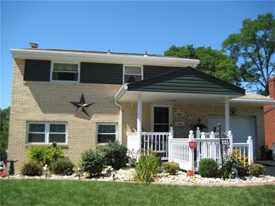 225 Kaufmann Avenue, Brentwood, PA - USA (photo 1)
