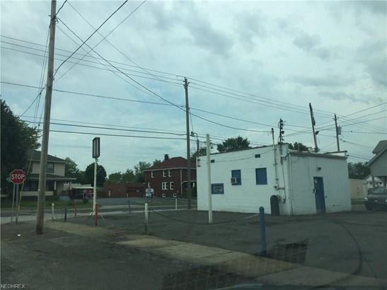Warren, OH - USA (photo 1)