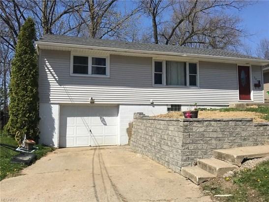 269 E Hopocan Ave, Barberton, OH - USA (photo 1)