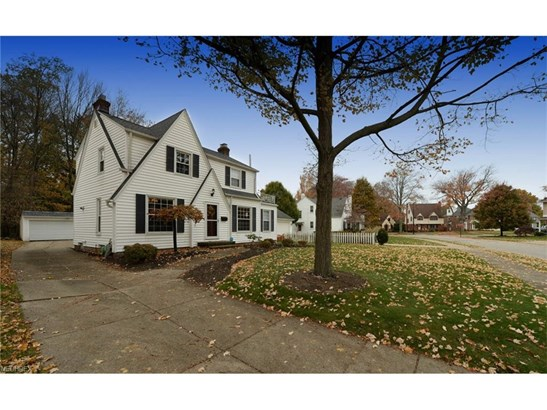 4266 W 192nd St, Fairview Park, OH - USA (photo 2)
