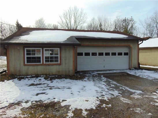 27251 Cook Rd, Olmsted Falls, OH - USA (photo 2)