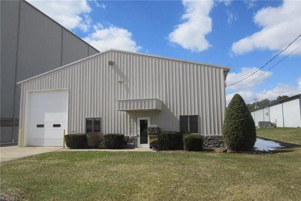 11182 Industrial Nw, Bolivar, OH - USA (photo 1)