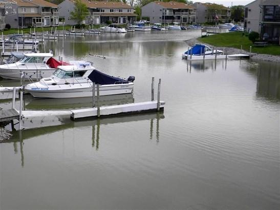 6370 N Harris Harbor Drive, Oak Harbor, OH - USA (photo 3)