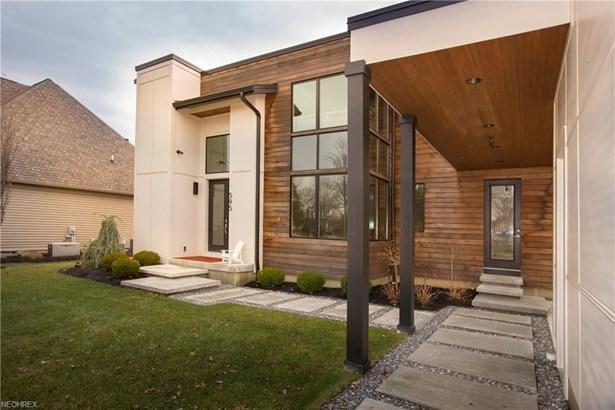 595 Lear Rd, Avon Lake, OH - USA (photo 2)