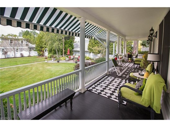 2126 Wooster Rd, Rocky River, OH - USA (photo 4)